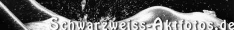 Dezente Erotik in Schwarzweiss